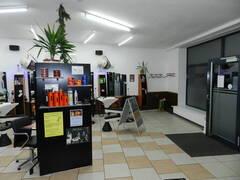 Ladenlokal unten 1.JPG