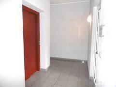 Aufzug und Hausflur.JPG